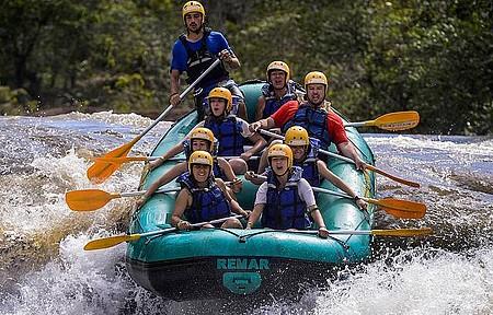 Rafting - Adrenalina garantida nas várias corredeiras