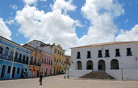 Centro Histórico - Construções reformadas valorizam a história no Recôncavo