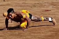 Cabeça Bol é um dos esportes preferidos em todas as aldeias
