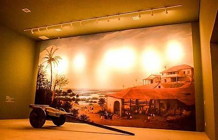 Museu da Cachaça - Imagens e peças, como o carro de boi, ontam história da branquinha