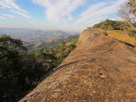 Sítio da Pedra Chata - Turismo e Lazer - Pedra Chata - mirante natural
