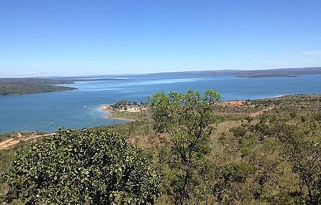 Mirante - O lago é enorme com margens virgens