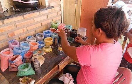 Morro Branco - A artista criando a sua obra-prima.
