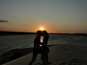 Dunas de Galinhos: Romantismo no passeio de canoa pelo manguezal -