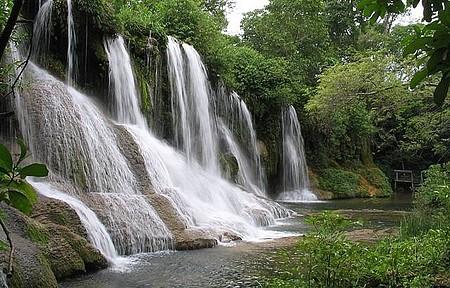 Parque das Cachoeiras - Cachoeira do Amor é uma das mais bonitas do complexo
