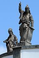 Santuário Bom Jesus do Matosinhos: Profetas guardam igreja e dão boas vindas -