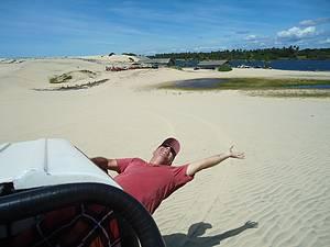Passeando pelas dunas indo a Lagoa de Uruaú para uma refrescada.