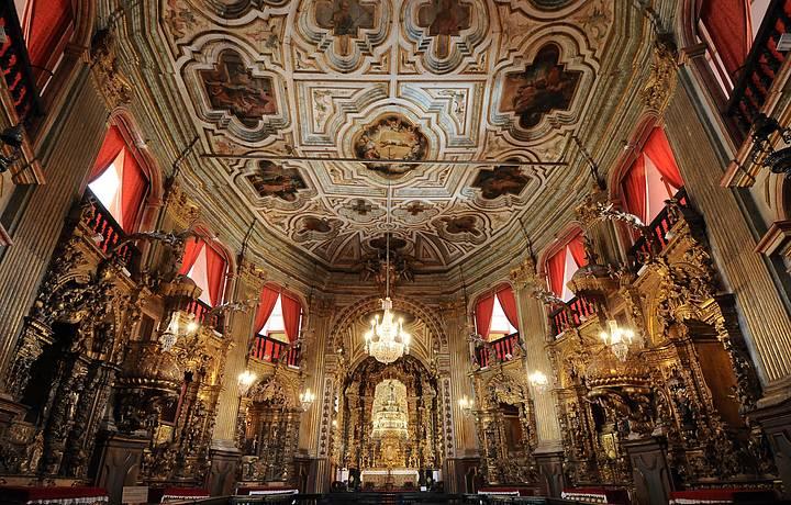 Resultado de imagem para igreja São Francisco de Assis e para a Basílica Nossa Senhora do Pilar, em Ouro Preto