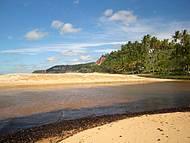 Rio Caraíva de encontro ao mar...