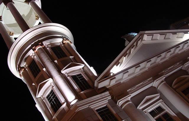 Detalhe na torre de Igreja no Largo da Ordem, Curitiba.