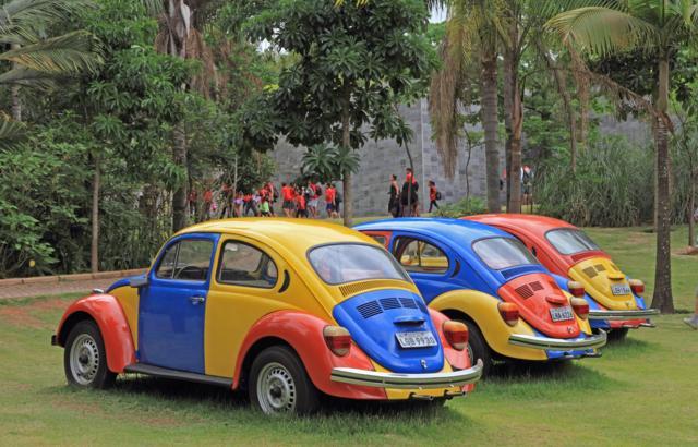 Verde, azul, amarelo e vermelho!