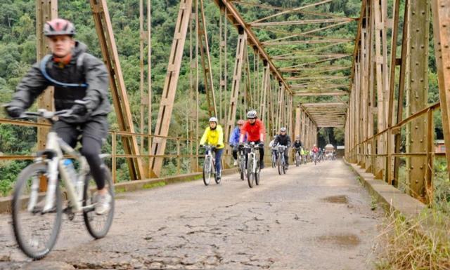 Ponte sobre o rio das Antas faz parte do roteiro