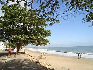 Praia de Piçarras: Tranquilidade garantida! -