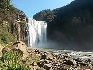 Vista inferior da cachoeira